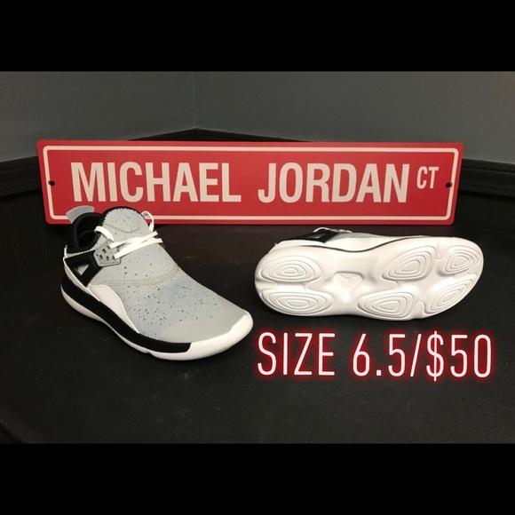 f13ab3c1bd463 Air Jordan Fly  89 BG